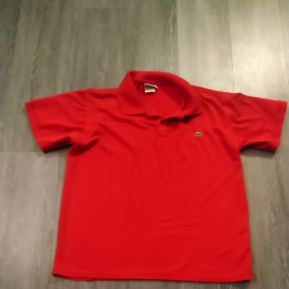 10/55❤️ Lacoste red tshirt
